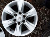 Б/у оригинальные литые диски на Toyota Land Cruiser Prado 150 за 206 000 тг. в Актобе – фото 5