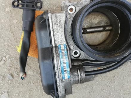 Мерс 124 дроссельная заслонка 1.8 2.0 2.2об за 100 тг. в Алматы – фото 2