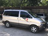 Hyundai Starex 2002 года за 2 350 000 тг. в Тараз – фото 2