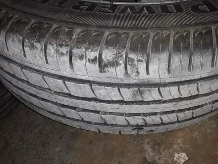 Диск с шинами почти новые шины за 70 000 тг. в Актау – фото 2