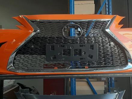 Решётка F sport Lexus es250 2019 за 250 000 тг. в Алматы