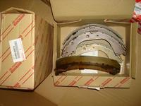 Колодки тормозные задние Toyota Land Cruiser 100 оригинал за 7 000 тг. в Нур-Султан (Астана)