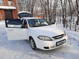 Chevrolet Lacetti 2009 года за 2 650 000 тг. в Усть-Каменогорск – фото 3