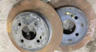 Тормозные диски задние за 10 000 тг. в Караганда