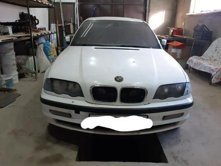 BMW 323 1999 года за 1 050 000 тг. в Атырау