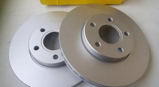Комплект передних тормозных дисков на Ford Focus II за 34 000 тг. в Алматы