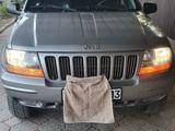 Jeep Grand Cherokee 2001 года за 3 700 000 тг. в Шымкент