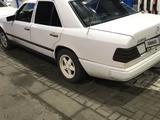 Mercedes-Benz E 230 1987 года за 900 000 тг. в Павлодар