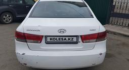 Hyundai Sonata 2006 года за 2 380 000 тг. в Нур-Султан (Астана) – фото 3