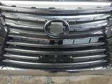 Решетка радиатора Lexus LX570 16- за 180 000 тг. в Алматы