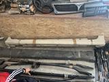 Пороги тойота калдина 215 toyota caldina 215 за 20 000 тг. в Усть-Каменогорск