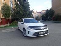 Toyota Camry 2015 года за 8 200 000 тг. в Актобе