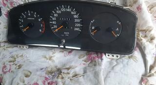 Щиток приборов Toyota Carina E за 16 000 тг. в Алматы