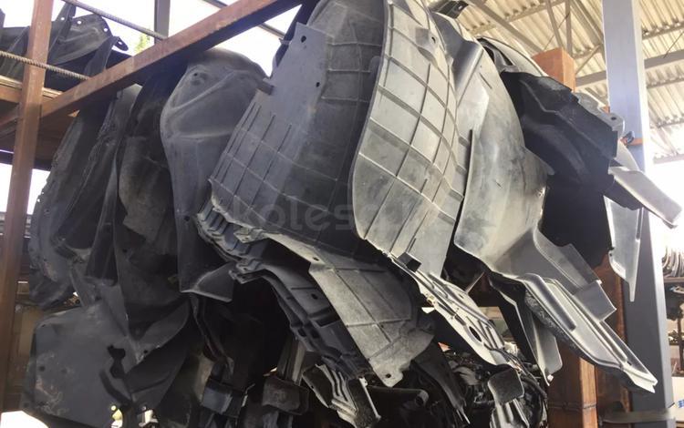 Подкрыльник VCV15 за 6 000 тг. в Алматы