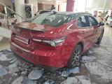 Toyota Camry 2021 года за 16 604 350 тг. в Уральск – фото 5