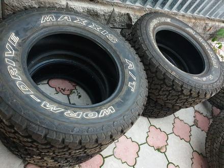 Комплект шин за 140 000 тг. в Алматы – фото 4