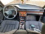 Mercedes-Benz E 200 1993 года за 1 150 000 тг. в Кызылорда – фото 3
