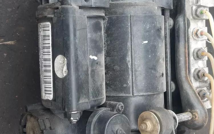 Компрессор пневма за 90 000 тг. в Алматы