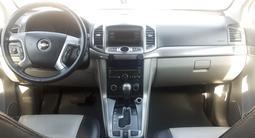 Chevrolet Captiva 2013 года за 6 500 000 тг. в Семей – фото 2