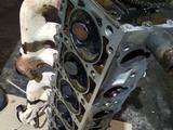 Мерседес 124.103 двигатель головка блока за 45 000 тг. в Темиртау – фото 2