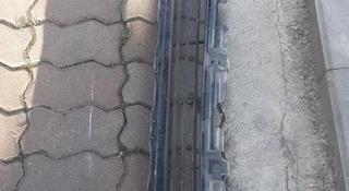 Решетка бампера переднего за 10 000 тг. в Алматы