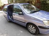 Toyota Raum 1997 года за 1 950 000 тг. в Алматы – фото 2