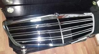 Решетка радиатора Mercedes-Benz W221 рестайлинг под дистроник за 65 000 тг. в Алматы