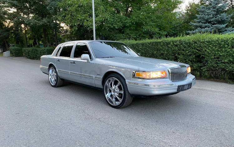 Lincoln Town Car 1996 года за 8 000 000 тг. в Алматы