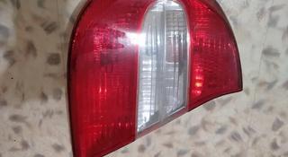 Задняя левая фара (Габарит) Тойота Камри 30 за 10 000 тг. в Караганда