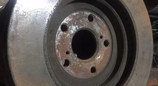 Тормозные диски на Lexus RX330-350 (Лексус) 2003-09 за 1 111 тг. в Алматы