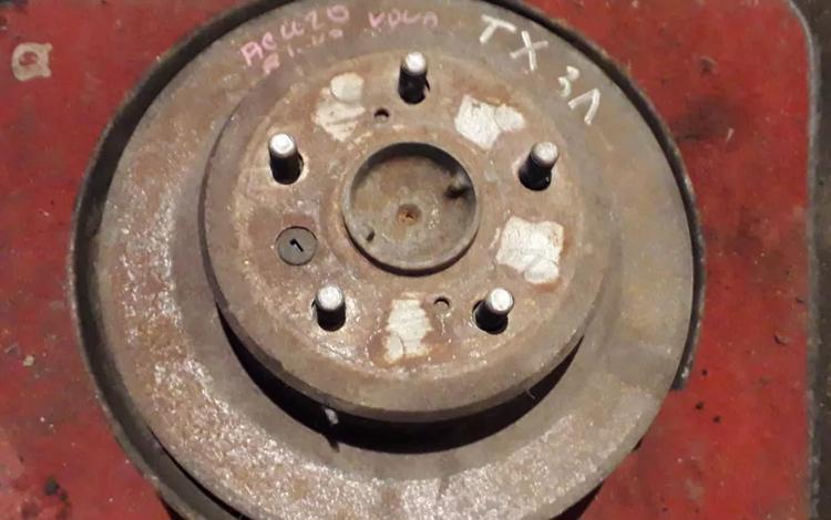 Ступица задняя левая на Toyota Highlander, v2.4, 2azfe, 2001 год за 25 000 тг. в Караганда