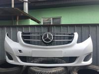 Mercedes w447 v — class передний бампер оригинал в отличном… за 480 000 тг. в Алматы