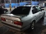 Nissan Primera 1993 года за 750 000 тг. в Тараз – фото 3