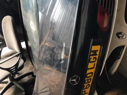 Mercedes benz w210 Багажник за 100 тг. в Алматы – фото 2