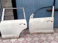 Дверь передняя левая за 200 000 тг. в Алматы