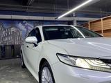 Toyota Camry 2018 года за 17 000 000 тг. в Алматы – фото 5