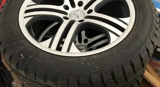 Диски с покрышкой на Mercedes g63 за 300 000 тг. в Атырау
