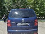 Volkswagen Touran 2007 года за 3 600 000 тг. в Темиртау – фото 4