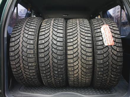 Шины Bridgestone 265/65/r17 Spike-01 за 56 000 тг. в Алматы