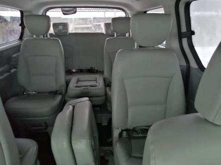 Hyundai Starex 2019 года за 14 200 000 тг. в Алматы – фото 2