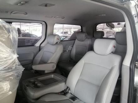 Hyundai Starex 2019 года за 14 200 000 тг. в Алматы – фото 7
