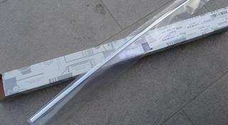 Mercedes w204 w212 хромпакет Молдинг на дверь накладка хром никель за 12 000 тг. в Алматы