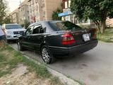 Mercedes-Benz C 200 1995 года за 1 950 000 тг. в Алматы – фото 3