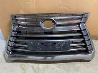 Бу оригинал решетка радиатора Lexus LX570 за 150 000 тг. в Алматы