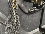 Бу оригинал решетка радиатора Lexus LX570 за 150 000 тг. в Алматы – фото 3