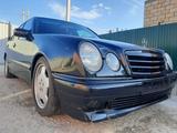 Mercedes-Benz E 200 2000 года за 1 850 000 тг. в Атырау – фото 5