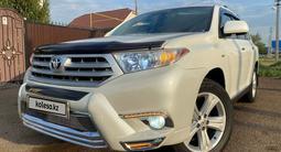 Toyota Highlander 2013 года за 14 500 000 тг. в Уральск – фото 3