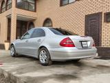 Mercedes-Benz E 320 2002 года за 4 400 000 тг. в Шымкент – фото 3
