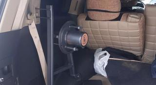 Крепление запаски запасного колеса в салон в багажник за 111 тг. в Алматы