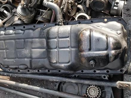 Поддон двигателя картер Ниссан Патрол РД28 за 10 000 тг. в Алматы – фото 2
